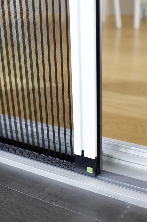 fliegenschutz fliegengitter insektenschutz aussenjalousien aussenraffstores markisen. Black Bedroom Furniture Sets. Home Design Ideas